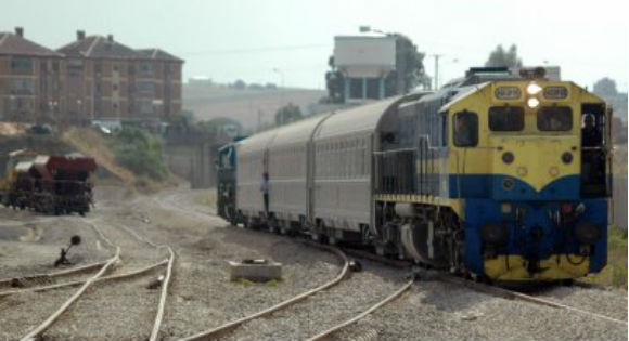 AKBOU Les villageois paralysent le trafic ferroviaire