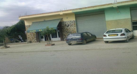 BOUHAMZA: Un homme de 37 ans lâchement assassiné dans une cafeteria