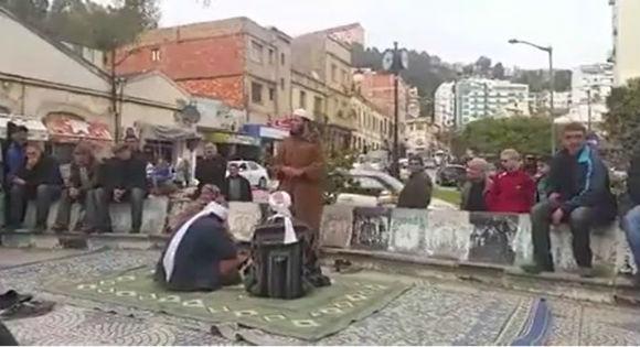 Des anciens terroristes du GIA prêchent en plein jour à la ville de Bgayet