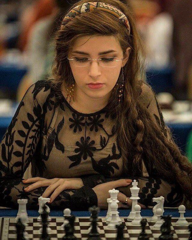 Joueuse iranienne Dorsa