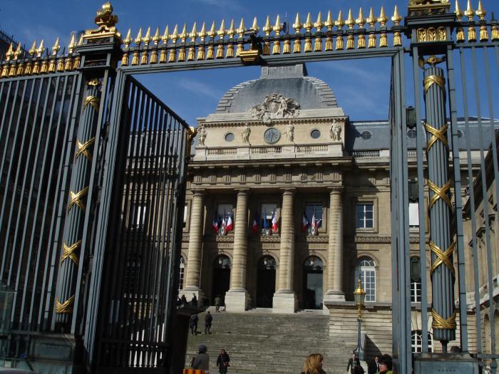 TGI Paris