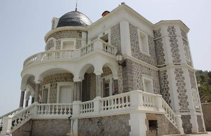 Le château de la comtesse