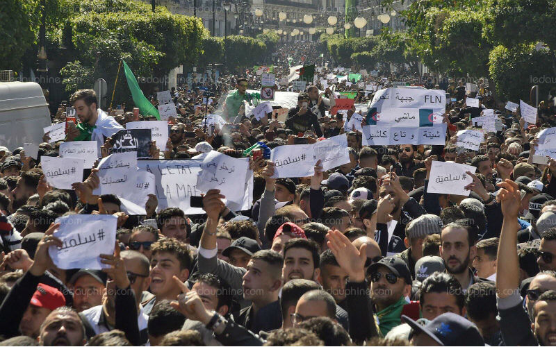 Algérie : dernier vendredi de mobilisation avant le ramadan