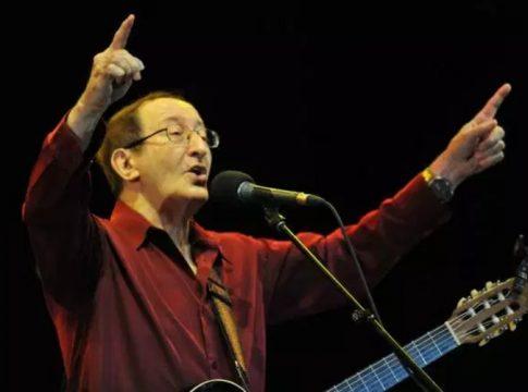Le chanteur kabyle Idir