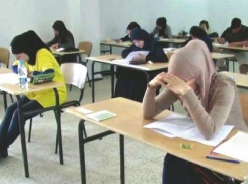 Candidats aux épreuves du Bac, en Algérie