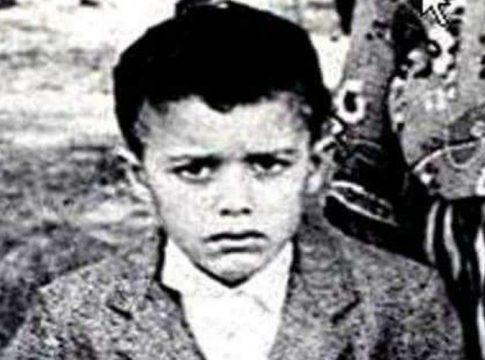 Matoub Lounès à 4 ans